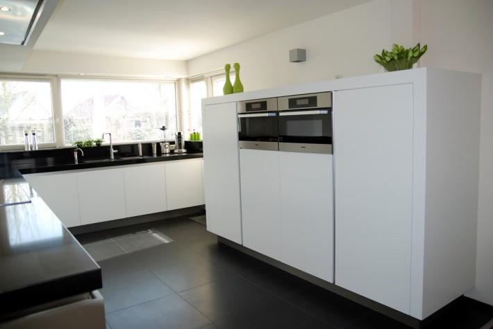 Uniek Design Keukens : Dutch Design Keukens Moderne keuken wit - Dutch ...